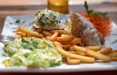 Smaczny posiłek w restauracji Sudecka w Lądku