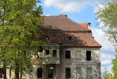Opuszczony pałac w Studzieńcu