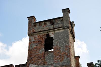 Wieża pałacu w Mietkowie
