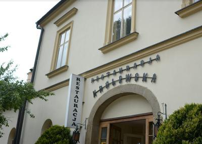 Widok na restaurację Królewską w Wieliczce