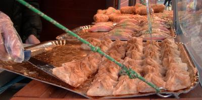 Klasyczna turecka baklava z orzechami?